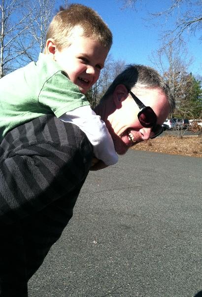 zoo-piggyback