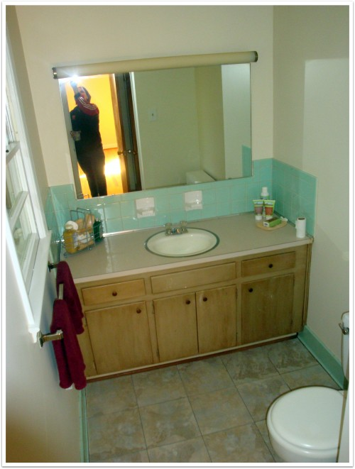 half bath before and after, Andrea Updyke, lilkidthings, bathroom makeover