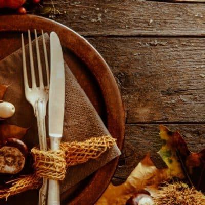 Make easy home made stuffing for Thanksgiving Dinner