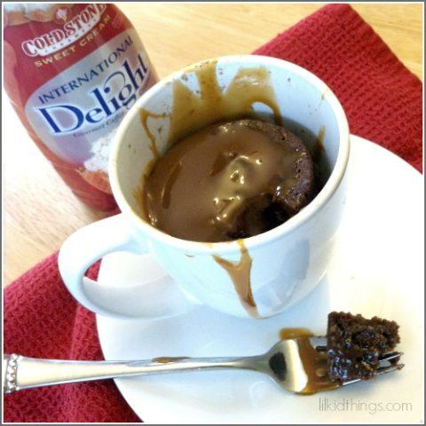 Caramel Chocolate Mug Cake {recipe}