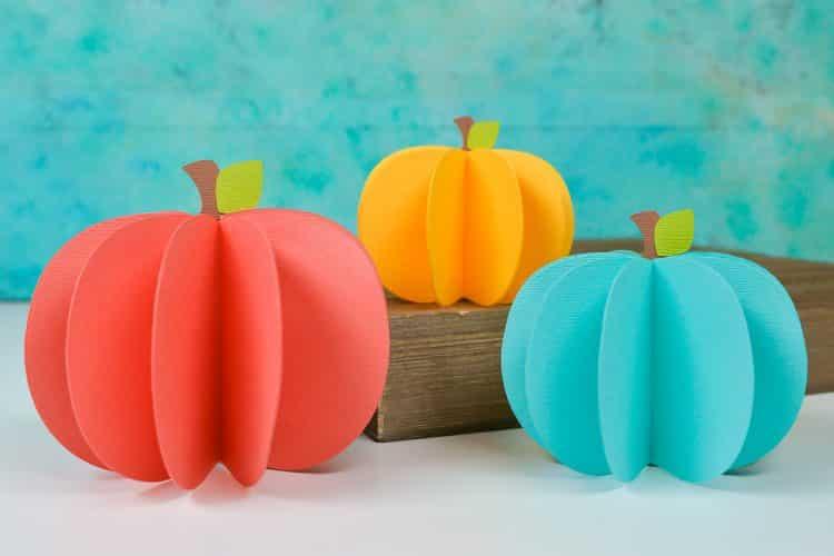 3D-Paper-Pumpkins-Free-SVG-Cricut-SIlhouette-5-750x500