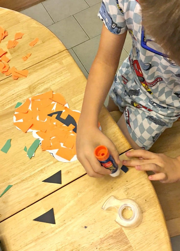 glue-pumpkin-craft
