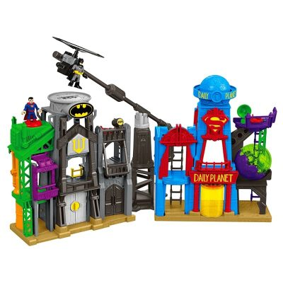 Imaginext DC Super Friends Super Hero Flight City – Kindergartner Approved!