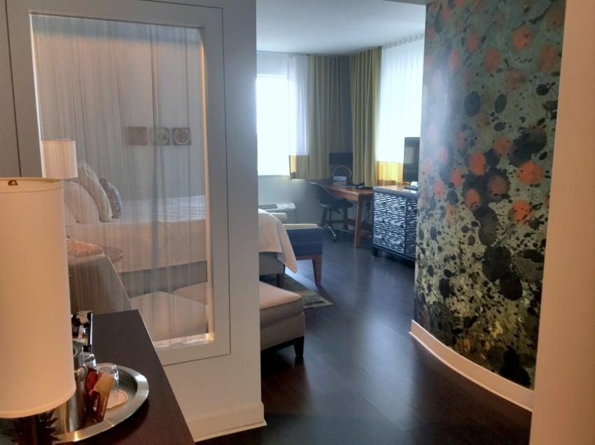 Hotel Indigo King Room Entrance