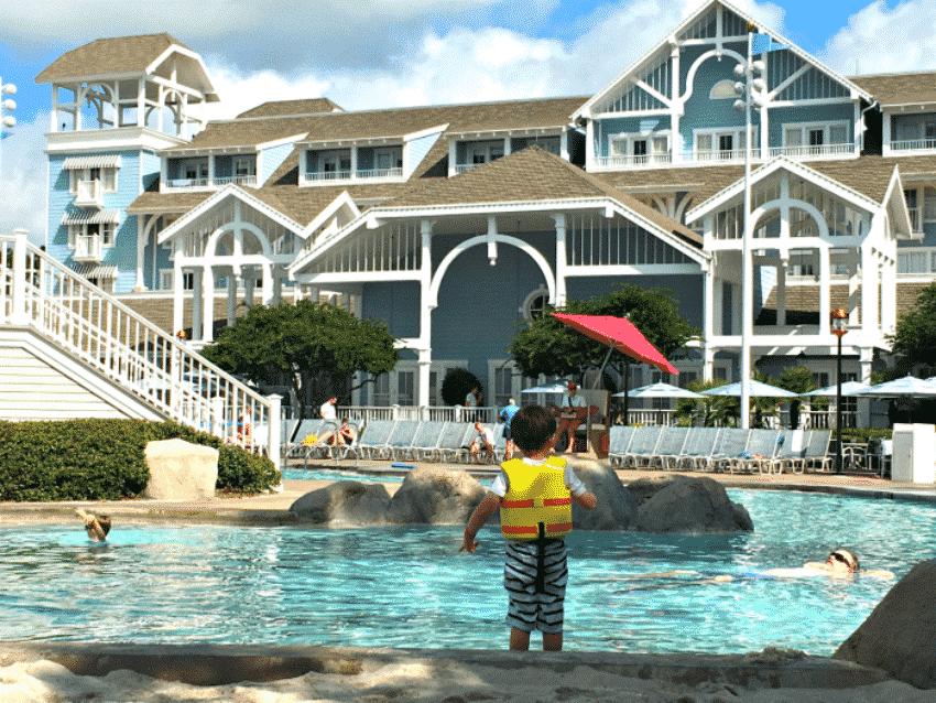 Walt Disney World Yacht and Beach Club Pool