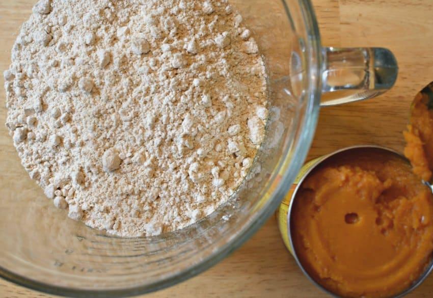 2 ingredient pumpkin spice muffin mix
