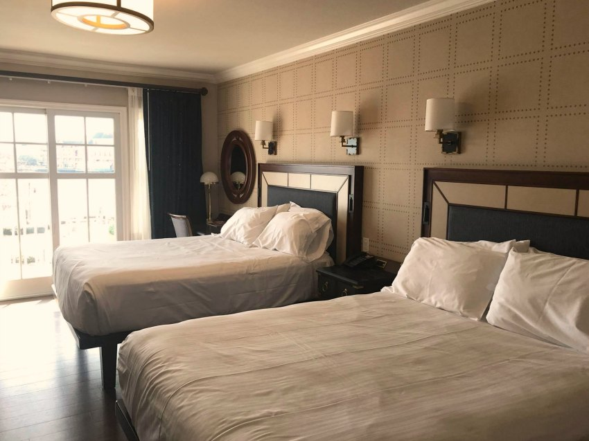 Disney Yacht Club New Room 2018 Beds