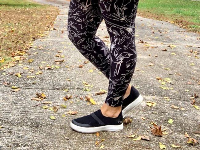 Oofos OOmg Shoe Featured