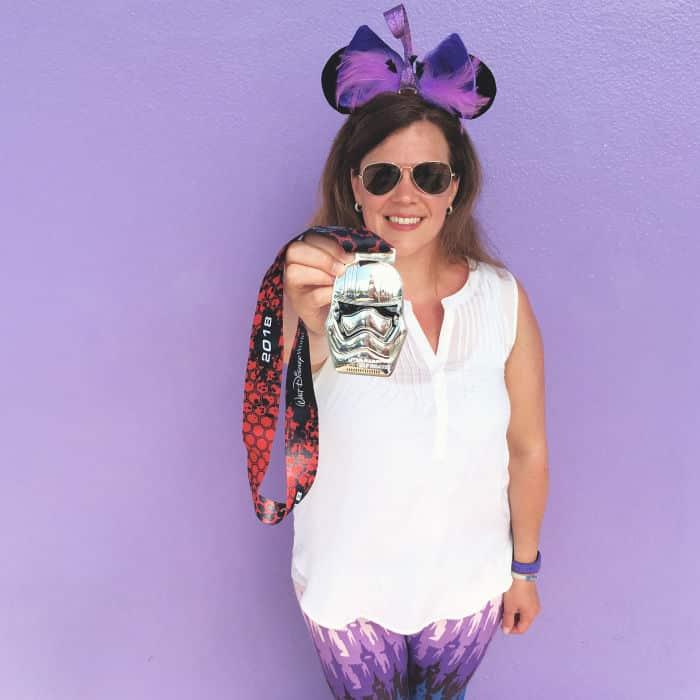 rundisney purple wall medal pic