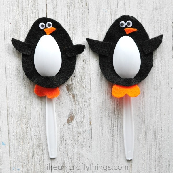 plastic-spoon-penguin-craft-2