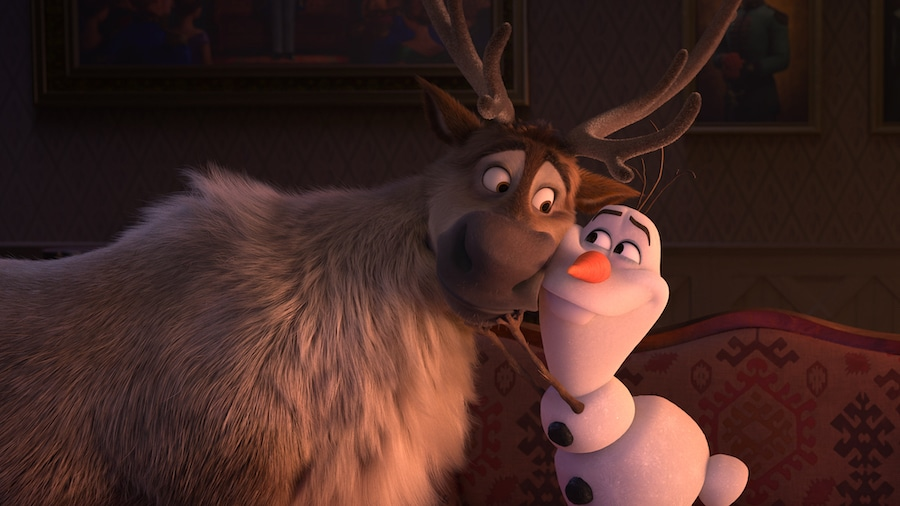 FROZEN 2 Sven and Olaf