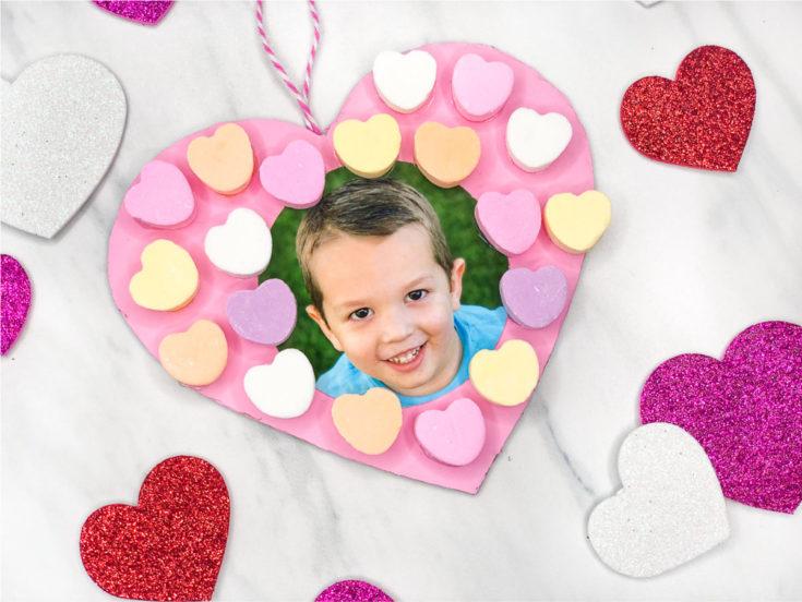 Easy Photo Valentine Wreath Craft For Kids