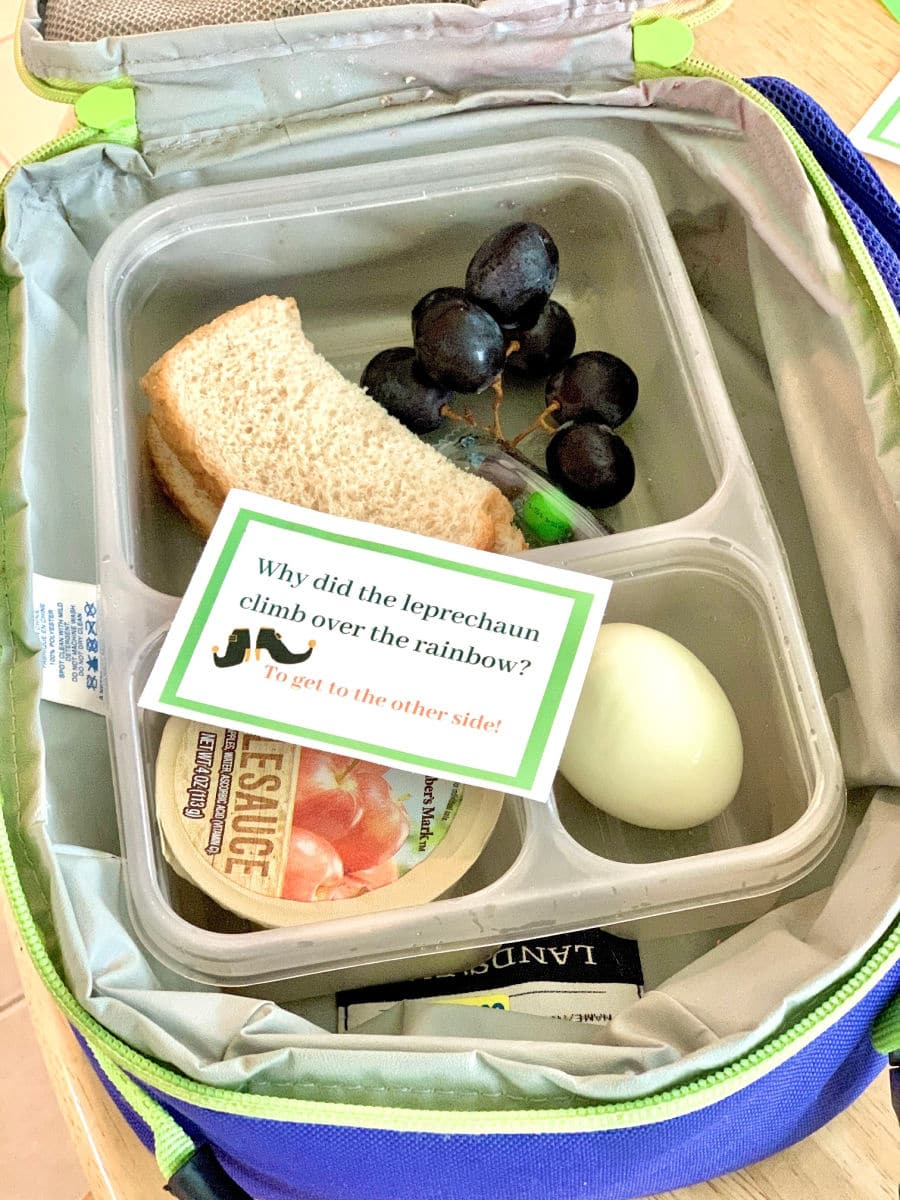 St. Patrick's Day lunchbox note in lunchbox