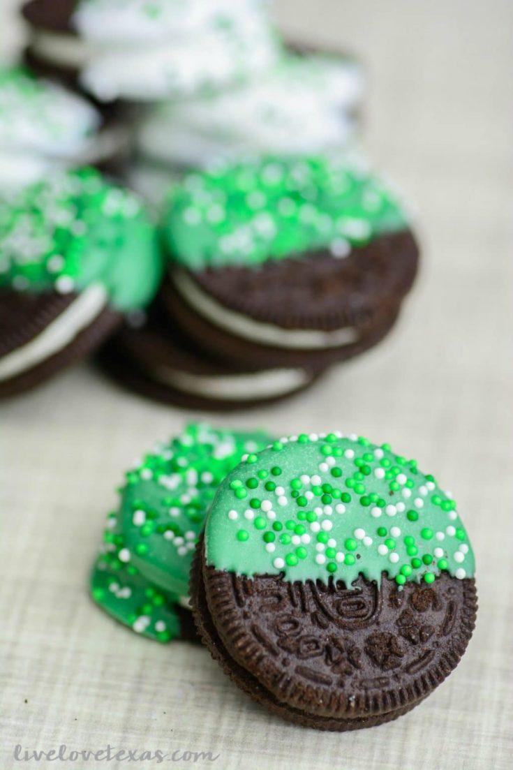 Easy St. Patrick's Day Recipe: Chocolate Dipped Oreos