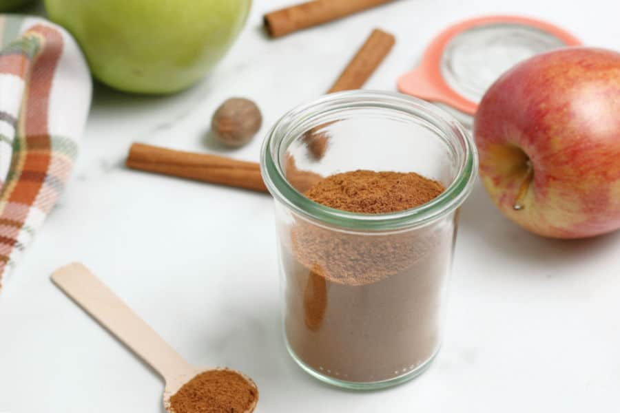 Apple Pie Spice Featured