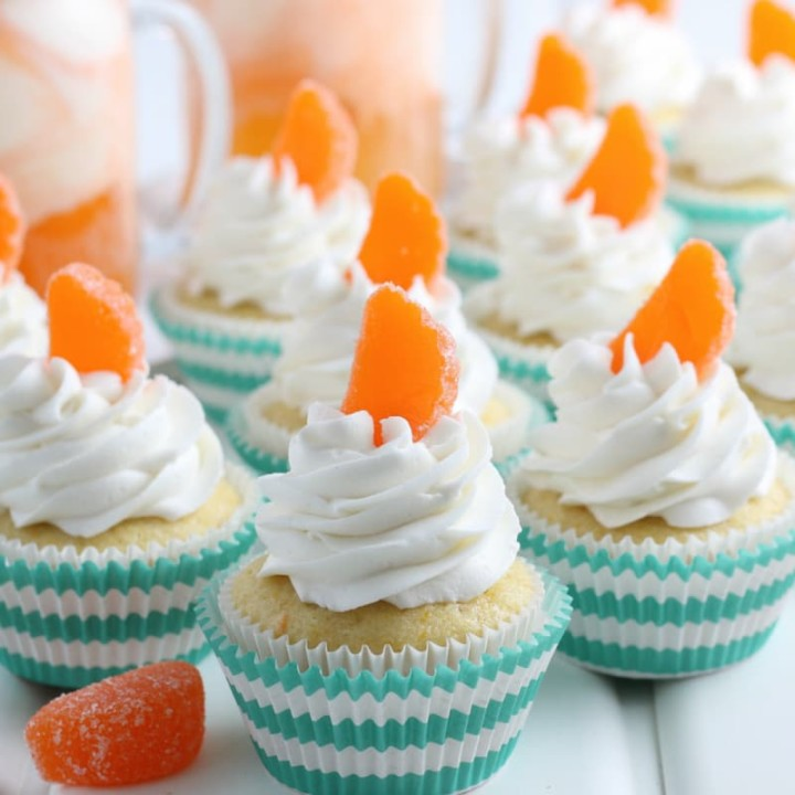 Orange Creamsicle Cupcakes featured