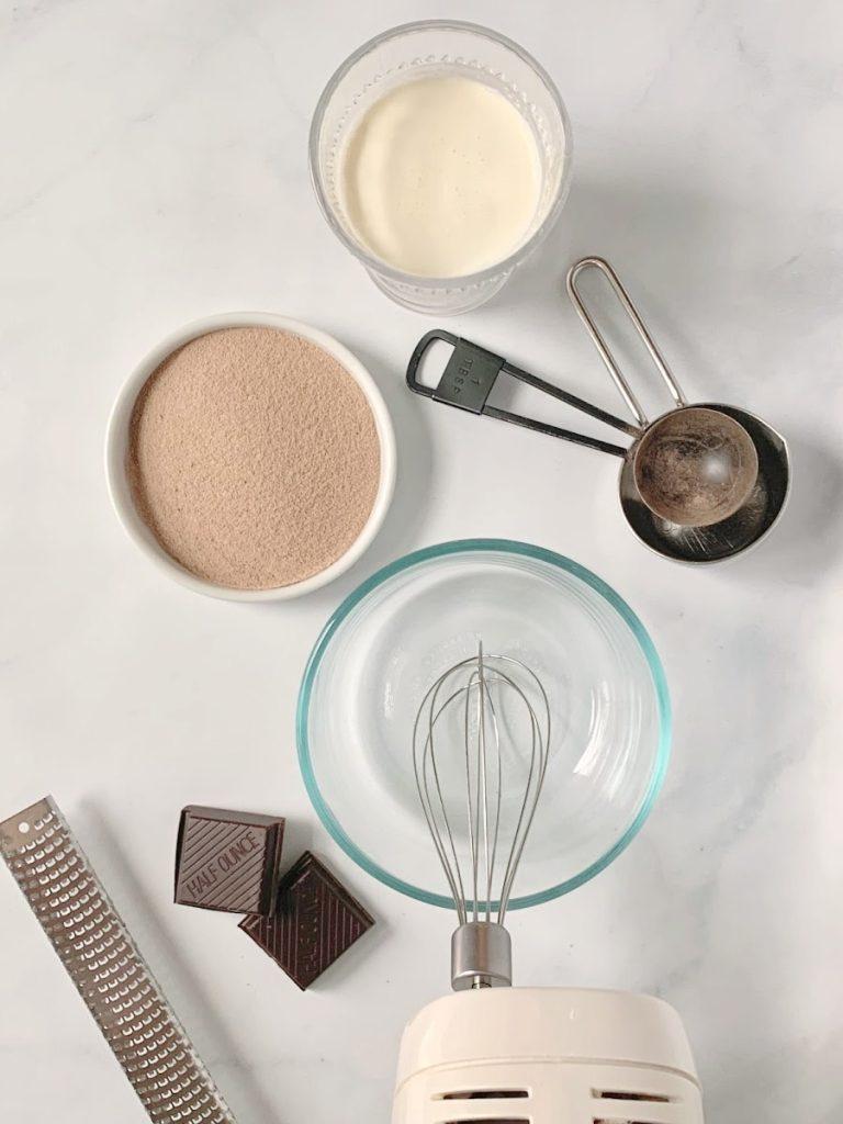 whipped hazelnut iced mocha ingredients