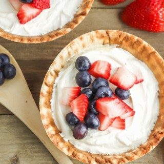 no bake cheesecake cups with fruit