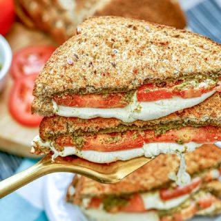 Tomato Pesto Grilled Cheese Sandwich