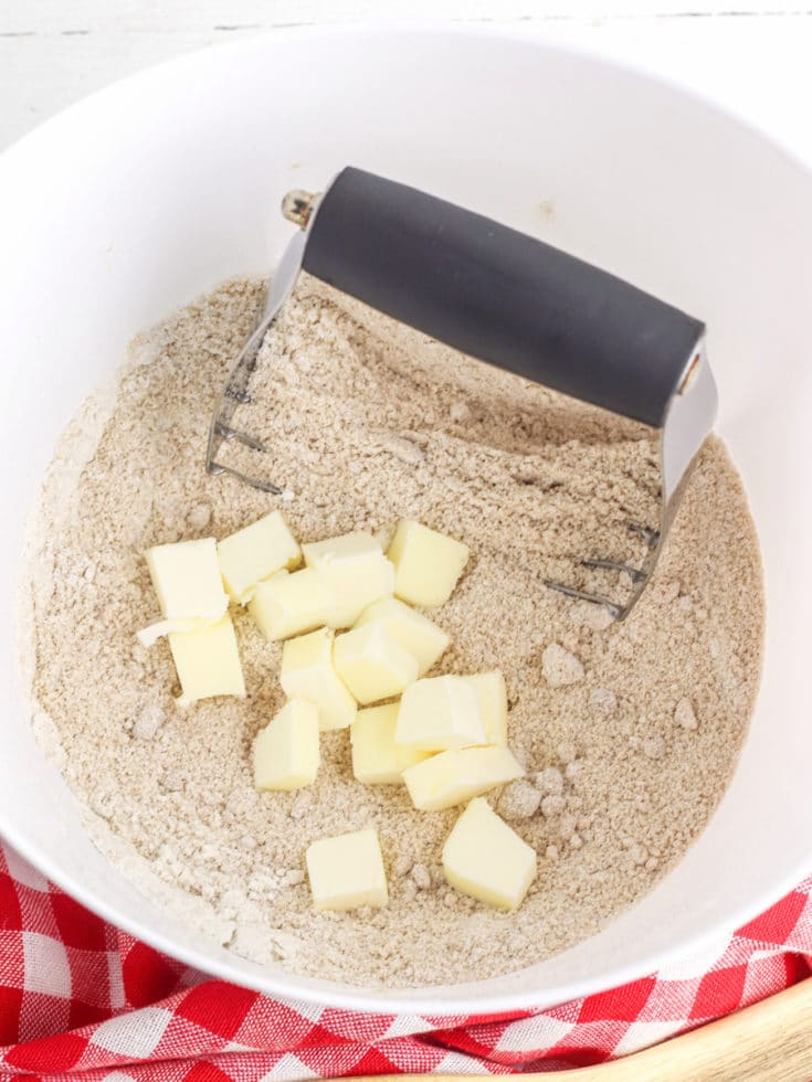 Apple Pie topping with butter