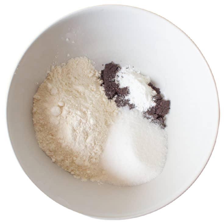 dry ingredients cupcakes